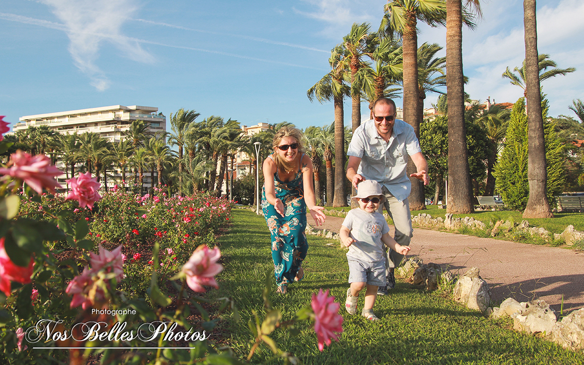 Shooting photo famille Cannes Alpes-Maritimes, photographe portrait de famille Cannes Alpes-Maritimes 06